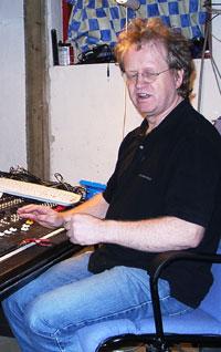 Produsent og kor-ansvarleg for Hjørdis med H: Trygve Thue.