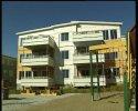 Beboerne på Fagereng i Tromsø krever at det bygges skole straks.