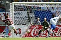 Dennis Rommedahl scoret mot Frankrike under VM.
