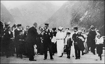 Kongen av Siam på vitjing i Balestrand i 1907. (Foto © Fylkesarkivet)