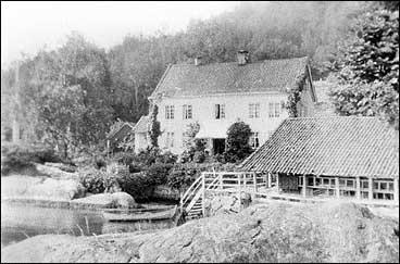 Flesje første halvdel av 1900-talet. (Foto © Fylkesarkivet)