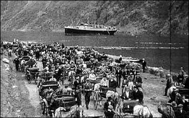 Balestrand har opp gjennom tidene trekt til seg store mengder turistar.