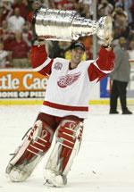 Dominik Hasek vant Stanley Cup i 2002.