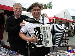 Kjell og Reidar Opsal lovar folkemusikk til heile landet
