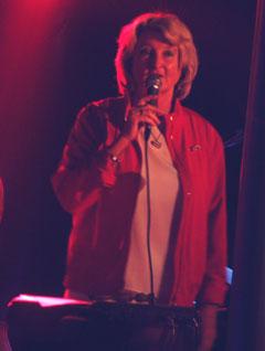 Karin Krog kommer til Vossajazz sammen med Bergen Big Band og John Surman. Foto: NRK.
