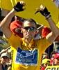 Lance Armstrong vant nest siste etappe med 52 sekunder.