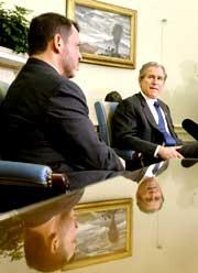 Kong Abdullah, her sammen med USAs president George W. Bush.