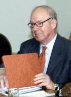 Hans Blix, sjef for FNs våpeninspektører. (Arkivfoto: Scanpix/Reuters)