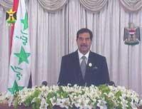 - Et amerikansk angrep mot arabere og muslimer er dømt til å mislykkes, sa Saddam i sin tale (Foto: Reuters/Irakisk fjernsyn)
