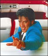 Med Elvis-imitatorer som Kjell Elvis er det ikke rart noen tror de har observert originalen. (Foto: Elvis.no)