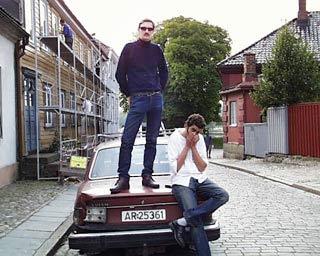 Alex Kloster-Jensen stående og Trond Andreassen sittende.