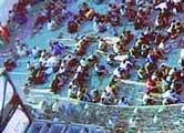 """Flyktningene om bord på """"Tampa"""". Arkivbilde."""