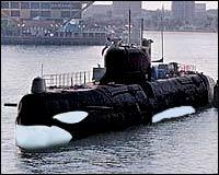 """En ubåt av """"Urædd""""-klassen i friske spekkhoggerfarger"""