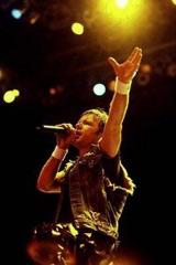 Det kan fort bli mange ordspill om man skal koble Iron Maiden-låter med Bruce Dickinsons nye karriere. (Foto: ironmaiden.com)