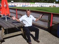 Daglig leder i FFK, Robert Nilsson, gleder seg til kamp fredag ( Foto: Arkiv )