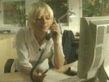 ...og et par telefoner senere hadde Kari ordnet seg 150.000.