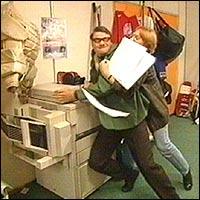 Knuffing på arbeidsplassen