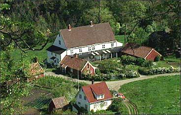 Landmark bygde det store hovudhuset på garden. (Foto: Asle Veien, NRK)