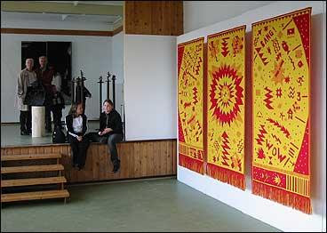 Vevringutstillinga 2002. (Alle foto: Arild Nybø)