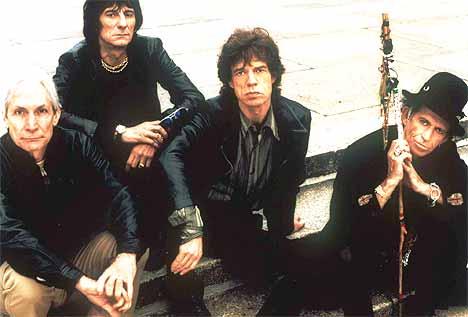 Ville du latt din mormor giftet seg med en av disse karene? Nå begynner Mick Jagger å få nok av alt snakket om alder. Foto: The Rolling Stones - snart 40 år. Foto: AP / SCANPIX.