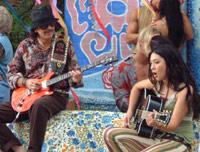 "Carlos Santana & Michelle Branch framfører ""The Game of Love"""