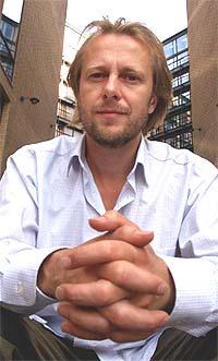 Lars Lillo-Stenberg og resten av bandet lover at turneen fortsetter, til tross for tapet av instrumentene, Foto: Ørn E. Borgen/SCANPIX