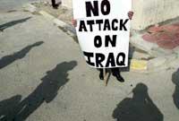 Også lørdag var det demonstrasjoner mot krig mot Irak. (Foto: Goran Tomasevic/reuters)