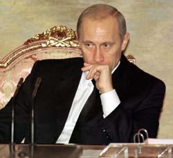Den norske støttekomiteen for Tsjetsjenia politianmelder i dag Russlands president Vladimir Putin for brudd på menneskerettighetene.