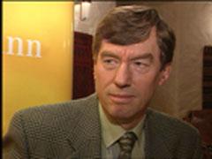 Einar Steensnes vil verne om naturen og sier nei til kraftutbygging av Hattebergvassdraget.
