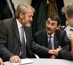 Danmark mottok i dag den offisielle utleverings-begjæringen for Akhmed Zakajev. (Foto: Scanpix)