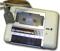 Hvem kom på den glimrende idéen å lagre spill og programmer på kassett?