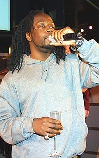Wyclef Jean er både gitarist, rapper, låtskriver og produsent. Foto: George De Sota / Newsmakers