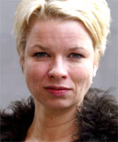 """Linn Ullmanns bok """"Nåde"""" troner på slagstoppen når det gjelder billigbøker."""