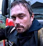 Kanskje ble noen inspirert av den norske NRK-serien Brigaden. Her representert ved brannkonstabel Håkon.