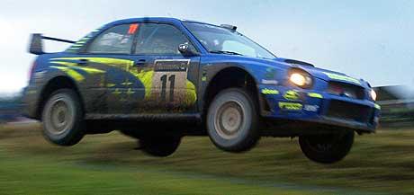 Petter Solberg tok over ledelsen søndag i Rally Storbritannia. Lørdag kjørte han så fort at bilen mistet bakkekontakten. (Foto: Reuters/Darren Staples)