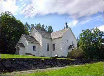Eikefjord kyrkje. (Foto: Ottar Starheim, NRK)