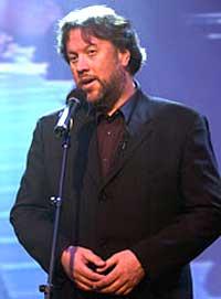 Bjørn Eidsvåg samler fulle hus på sin