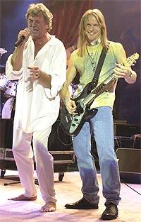 Deep Purple: Vokalist Ian Gillan og gitarist Steve Morse. Foto: John Li / Getty Images.