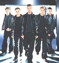 Westlife spiller muligens inn film i 2003.
