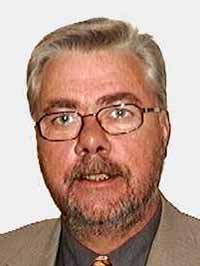 Staten må bidra økonomisk, sier Sigvald Oppebøen Hansen.