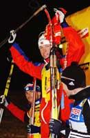 Frode Andresen på seierspalen sammen med Raphel Poirée og Oleg Ryzhenkov. (Foto: Cornelius Poppe/SCANPIX)