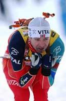 Ole Einar Bjørndalen gikk Norge opp i teten på tredje etappe. (Foto. Cornelius Poppe/scanpix)
