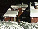 Dette rekkehuset på Åmot brant i går kveld. Foto: Tor Kaiser.