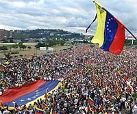 Hundretusener deltok i demonstrasjonen (REUTERS/Daniel Aguilar )