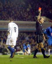 Wayne Rooney fikk rødt kort av dommeren i kampen mot Birmingham 2. juledag. (Foto: Mike Finn-Kelcey/gettypictures)