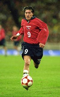 Ivan Zamorano har spilt 14 år i Europa. (Foto: Darrin Braybrook/Getty images)