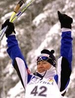 Kristina Smigun tok en forventet seier på 5 kilometer fri teknikk. (Foto: Reuters)