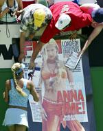 Kournikova har fans også i Australia (Foto: Reuters)