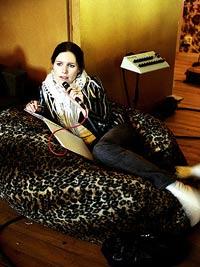 Nina Persson og Cardigans tilbake med nytt album innspilt i Sverige, Spania og England. Foto: cardigans.com