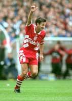 Ian Rush scoret mange viktige mål for Liverpool, her mot Newcastle i 1994. (Foto:allsport)